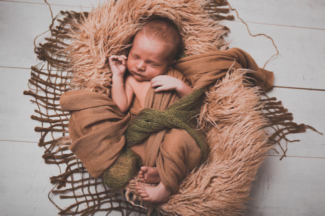 Újszülött, babafotózás